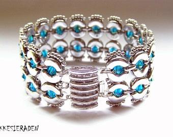 English pattern for the Eyecatcher bracelet