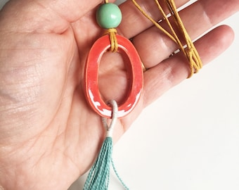 Chain with ceramics and tassel