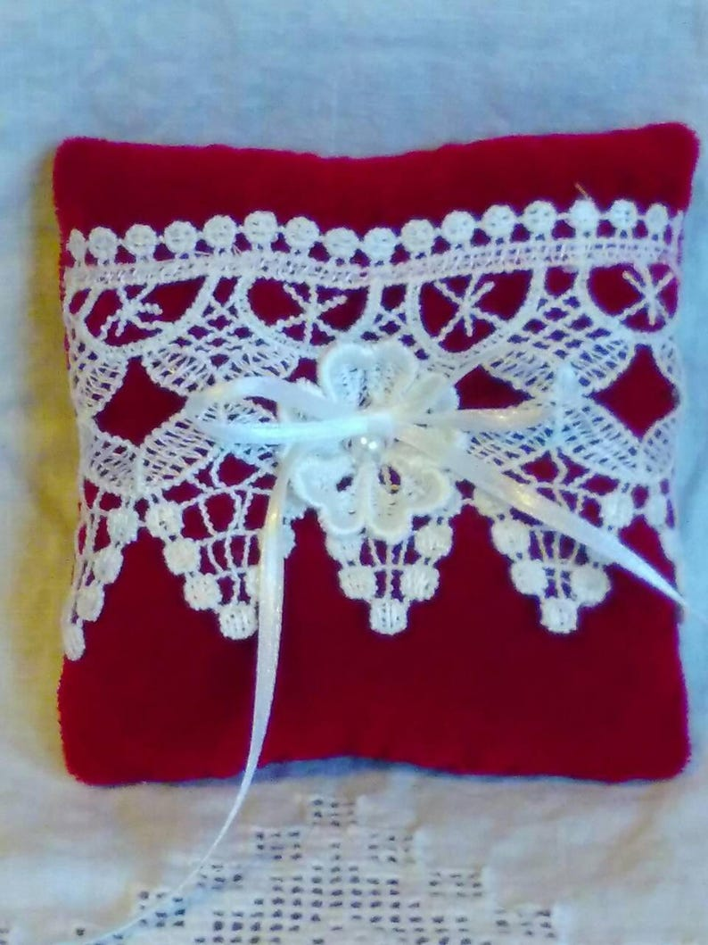 red velvet and white lace pillow winter  wedding accessory Valentine wedding ring pillow small lace ring holder pillo Ring bearer pillow