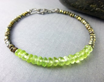 Heart Chakra Bracelet Fourth Chakra Bracelet Peridot Chakra Bracelet Stacking Beaded Bracelet August Birthstone Bracelet Birthstone Jewelry