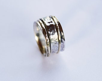 Silver spinner ring ,Hammered band