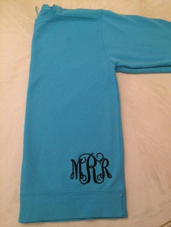 Monogramme Sweatshirt avec de monogramme au bas de avec la chemise 1d792f
