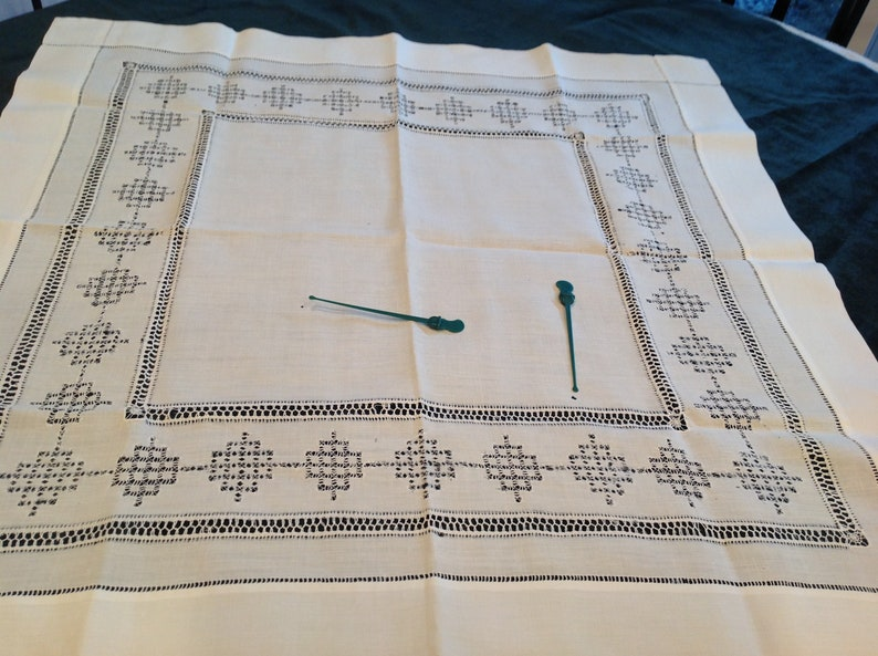 Antique white linen tablecloth ref drawnwork 7-4-19 A
