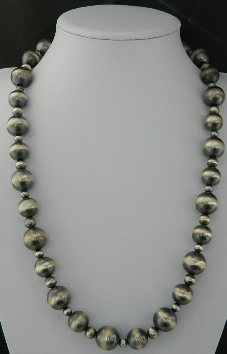 e10e03d63cf50 Santo Domingo Sterling Silver Navajo Pearl Large Bead Handmade Necklace  Chimney Butte 26 1/4