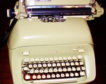 SALE: Green Royal Collectable Typewriter