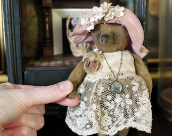 Pattern Fleur 5.5'' Miniature Teddy Bear Her Dress and Floppy Hat