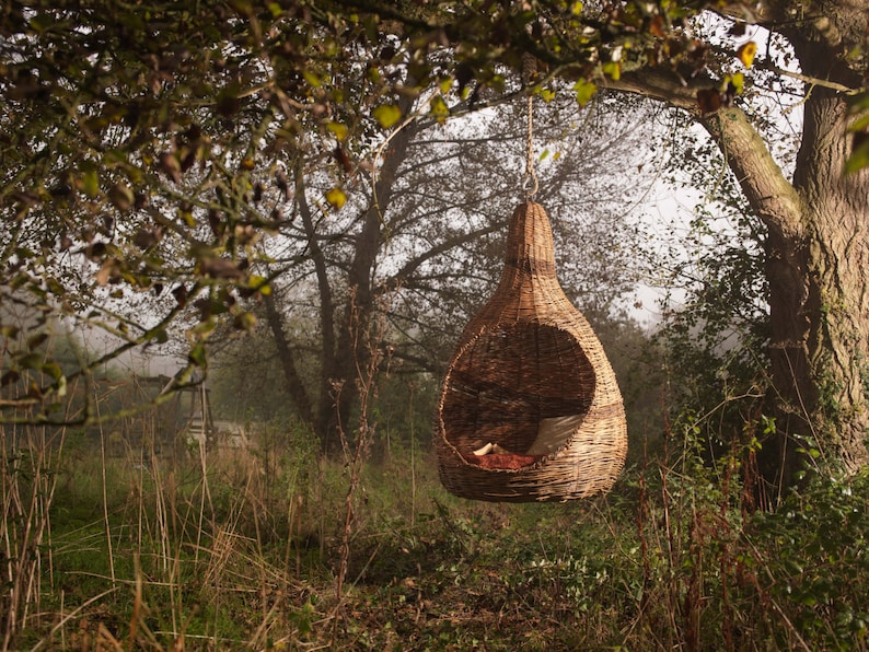 PEARPOD  Bespoke hanging chair designed and crafted with your image 0
