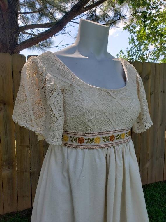 1970's vintage Edwardian style Prairie dress lace