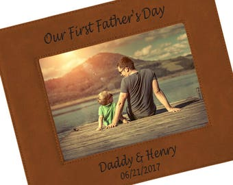 SHIPS FAST, Personalized Fathers Day Picture Frame for Dad, Custom Engraved Photo Frame for Dads, Grandpa, Christmas Gifts for Men - FVL25