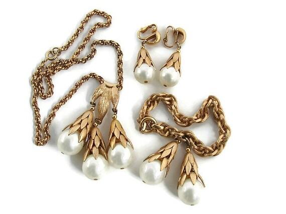 Rare Napier jewelry Napier bracelet Cumquat costum