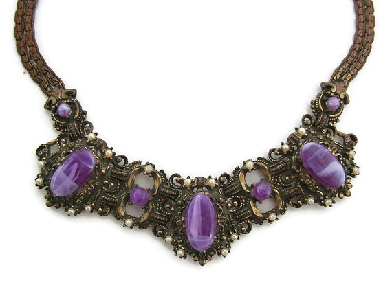 Renaissance necklace purple stones Renaissance rev
