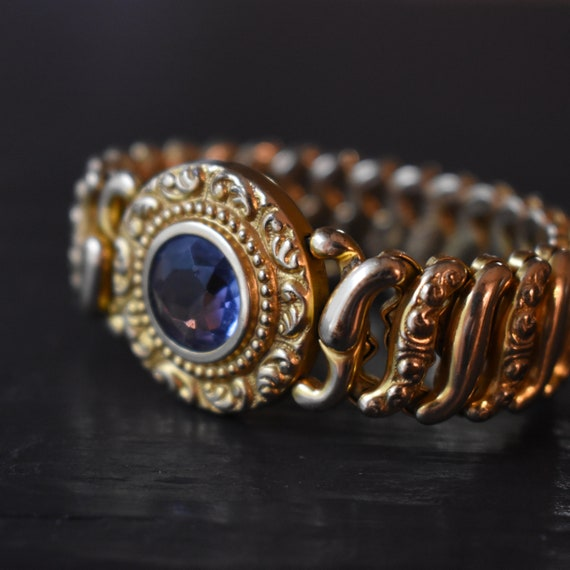Expansion bracelet with crystal pat 1907 American