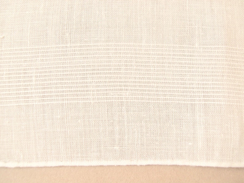 17 square vintage 1940/'s-1950/'s hand embroidered and hemmed fine white linen classic. Men/'s monogram L handkerchief