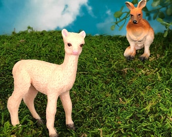 llama alpaca needle felted OOAK collectible toy farm beige animal wool figurine for alpaca lovers no drama