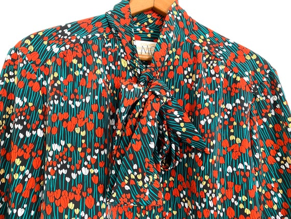 Tulip Print Pussy Bow Blouse Country Sophisticate… - image 4