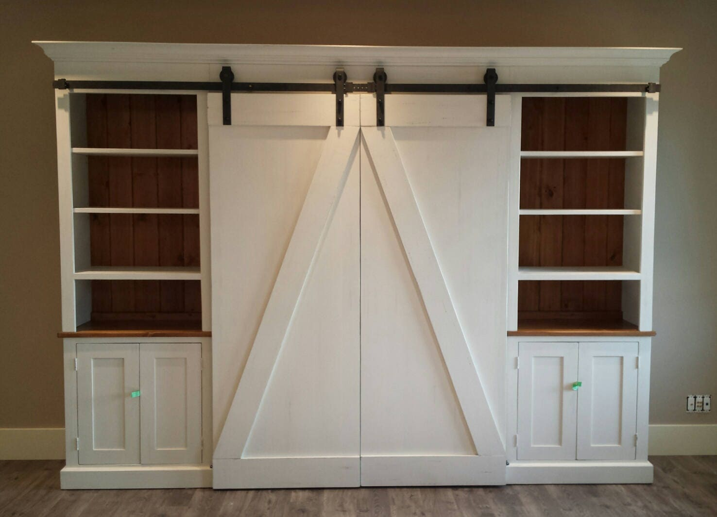 Barn Doors Tv Center Sliding Barn Door Entertainment
