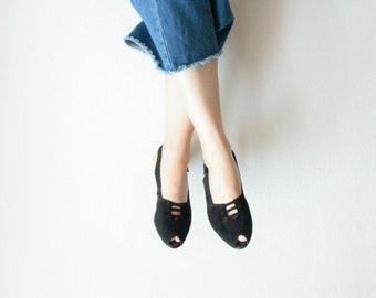 Vintage shoes, Slingbacks, 80s 90s low-block heels, black nubuck leather, Peeptoes, suede, suede, pumps,