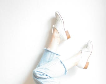 Vintage leather shoes, 70 s 80 s loafers, lace, woven White leather, Oxford, Budapest, handmade, woven leather shoes