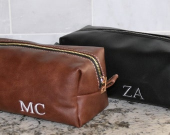 Gift for Him/ Dopp Kit bag / Toiletry bag /Travel Bag / Groomsman gift in BLACK or BROWN