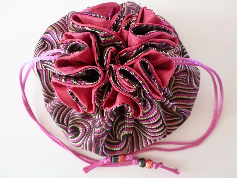 and quality to be the best ever! fabric richness My Swag Bag Jewelry Travel Bag is a proven design that I have bumped up in size