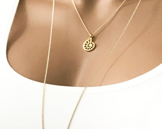 Nautilus Gold Necklace, 14k Gold Filled Marine Necklace, Gold Nautilus Shell Pendant