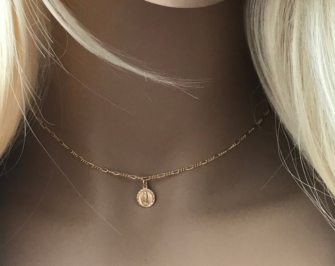 14k Gold Filled Guadalupe Choker, Jessie James Inspired Guadalupe Necklace, Diamond Cut Figaro Chain, Adjustable Choker for the Perfect Fit