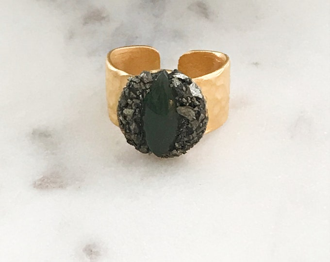 Gold Cat Eye Green Jade and Pyrite Ring, Gemstone Gold Adjustable Ring, Marquise Jade