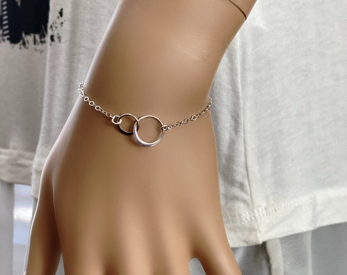 Mother Daughter Sterling Silver Bracelet, Double Link Circles, Wedding Gift, Dainty Circles, Adjustable Length, #1143