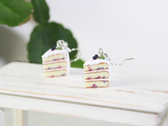 Blueberry Cake Dangle Earrings,Cute Miniature Food Jewelry,Polymer Clay Cake Earrings,FIMO Cake Accessories,Baking Charms,Bakers Jewellery