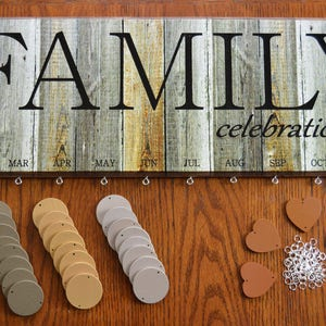 Acoavo Birthday Reminder Board Family Celebration Wall Hanging Wooden Ffbc