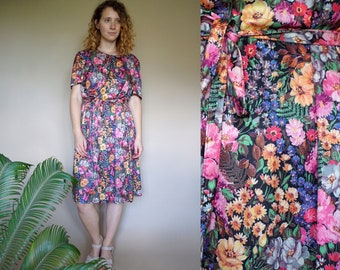 70's vintage women's colorful flower patterned midi dress