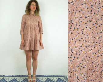 90's vintage women's flower printed mini dress