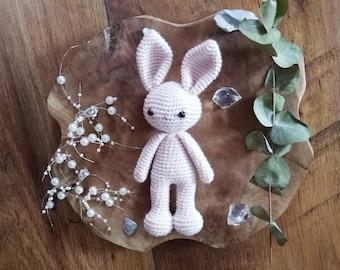 Amigurumi Doudou rabbit crochet ecru with a pink knot