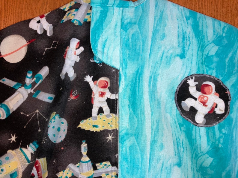 EXTRA LARGE Magic Zzleeper Blanket Astronauts in Outer Space