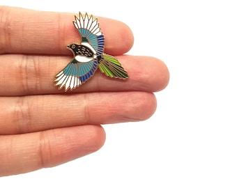 Magpie Bird Pin   Badge   Brooch   Hard Enamel   Jewellery   Jewelry