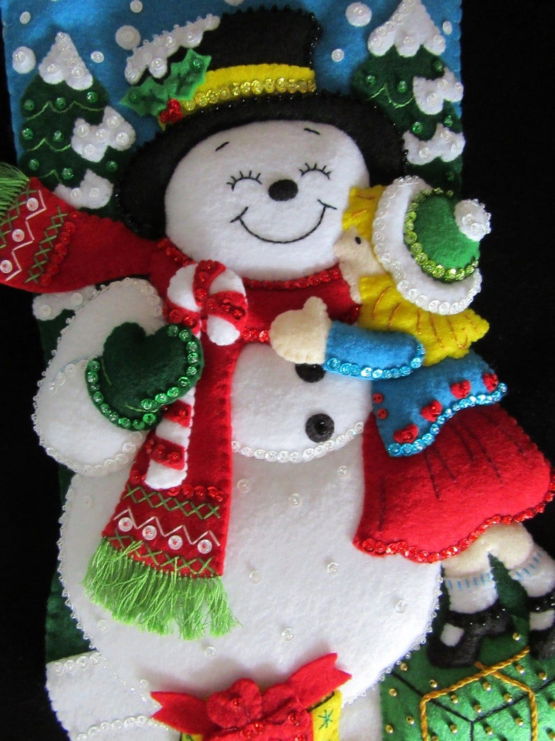 Completed Bucilla Snowman Kisses 18