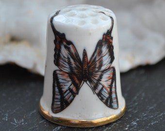 Butterfly Wildlife Nature Vintage china thimble