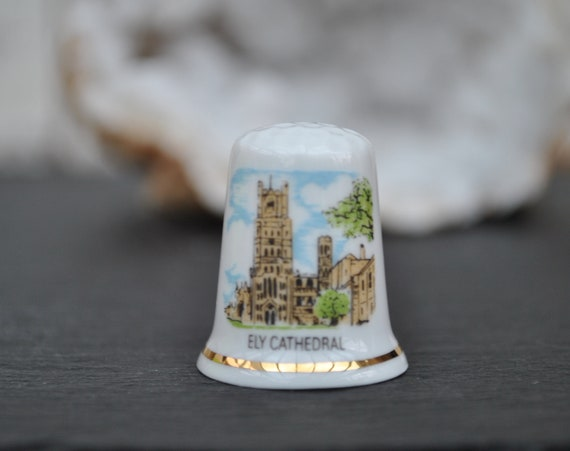 Ely Cathedral Porcelain China Collectable Thimble Cathedrals of Britain