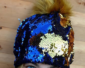 Flip Sequin PomPom Hat in Dark Blue/Gold-Polar Fleece Lining-Reversible Sequins-Mermaid Fabric-Fake Fur-Pom Pom-Sequins-Faux Fur