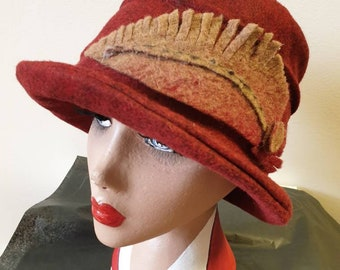 Deep Red Wool Felt Hat-Felt Feather Decor-Fleece Lining- Cloche Hat-Downton Abbey Hat-1930's Hat-Womens Winter Hat-Womens Felt Hat