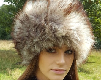 Super Wolf Faux Fur Hat with Cosy Polar Fleece Lining Grey with brownish tips