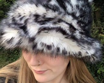 Luxury Faux Fur Bucket Hat-Black and White -Fuzzy Bucket Hat-Festival Hat-Floppy Hat-Fur Hat-Fake Fur Hat-Rave Hat-Animal Bucket Hat-Cheetah