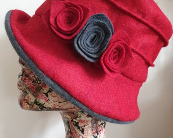 Fully Lined Gray and Red Felt Cloche Hat With Flower Trim and Cosy Fleece Lining
