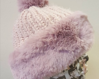 Supersoft Faux Fur Pom Pom Hat with Furry Lining in Pale Pink