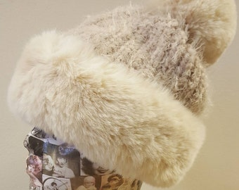 Supersoft Faux Fur Pom Pom Hat with Furry Lining in Cream