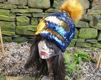 PomPom Hat in Dark Blue/Gold-Flip Sequins-Polar Fleece Lining-Reversible Sequins-Mermaid Fabric-Fake Fur-Pom Pom-Sequins-Faux Fur