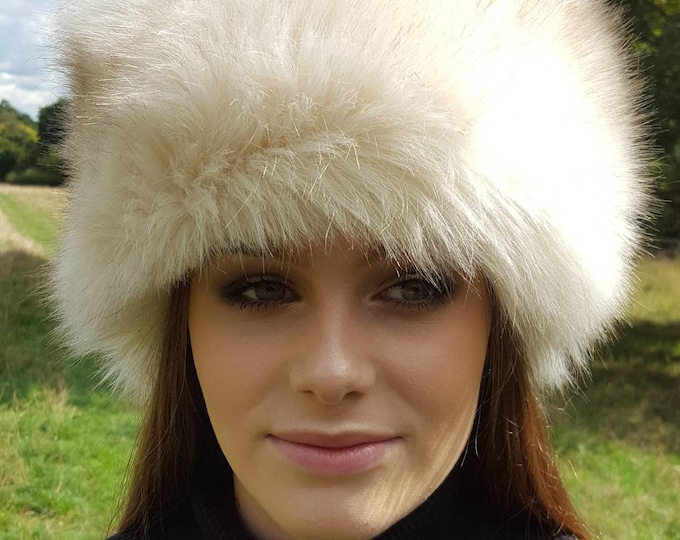 Featured listing image: Beautiful Cream Faux Fur Hat with Cosy Polar Fleece Lining