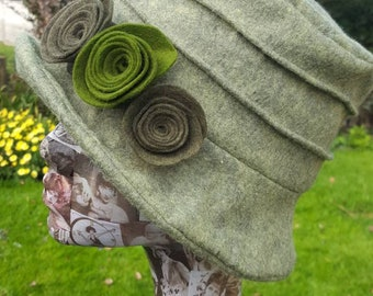 Super Sage Wool Felt Hat with Contrasting Flowers.Cosy Fleece Lining