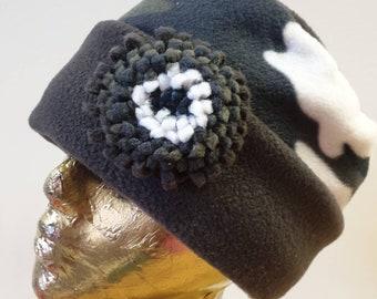 Lovely Warm Fleece Pill Box Hat in Gray Camoflage