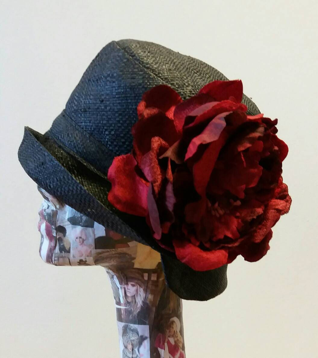 Black Raffia Cloche 20s Style Sun Hat With Large Red Peony